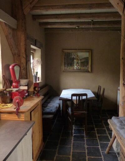 Küche mit Essecke im Ferienhaus Gänsetrappe Ballenstedt